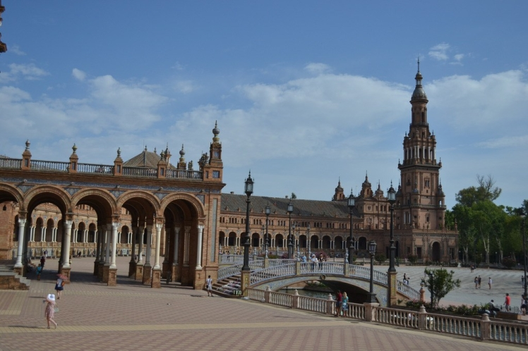 Plaza de España Sevilla. Photo by The Spanish Berry